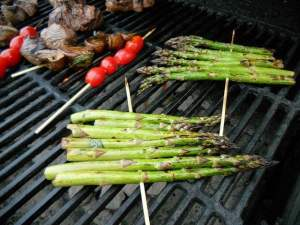 Learn how to cook delicious, healthy asparagus...on the grill!
