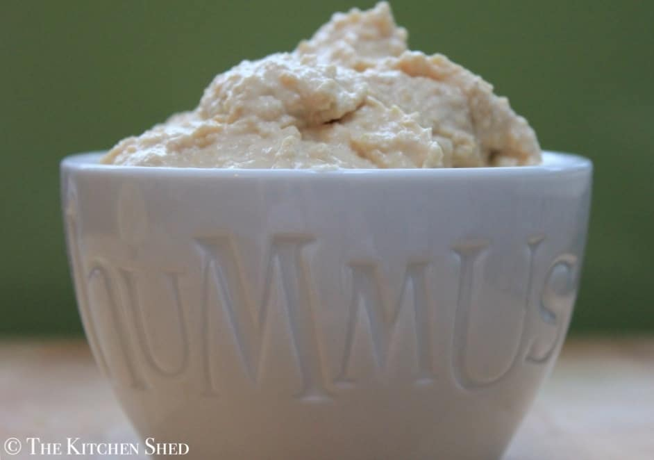 The Kitchen Shed - Clean Eating Houmous #cleaneatingrecipes