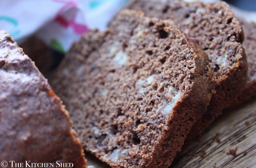 Clean Eating Chocolate Banana Bread