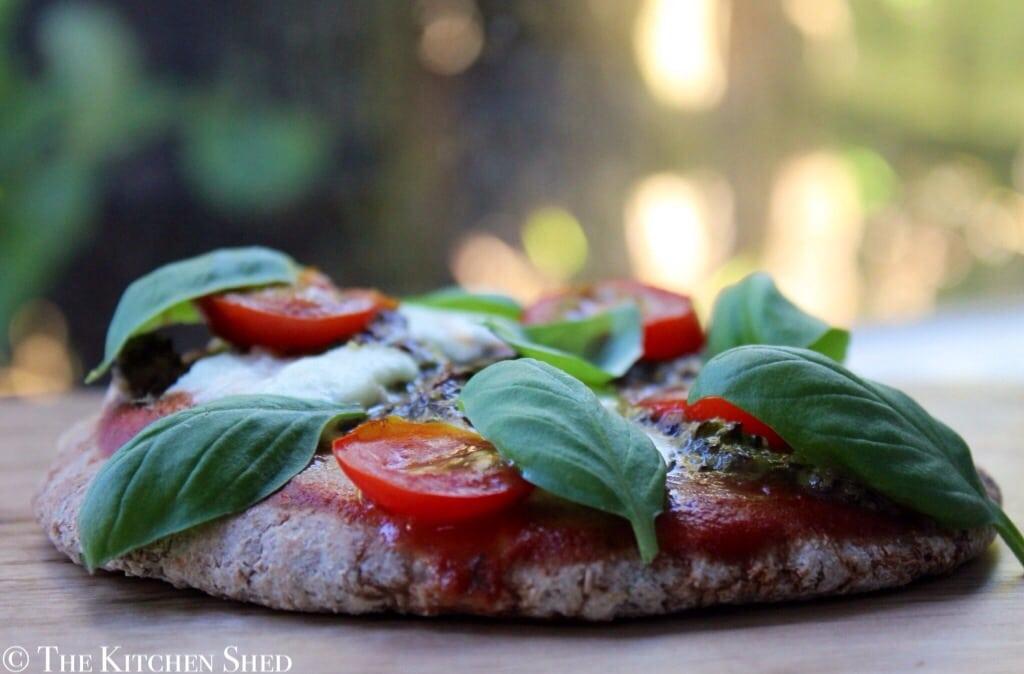 Clean Eating Pesto Pitta Pizzas
