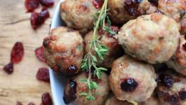 Clean Eating Turkey Cranberry Meatballs