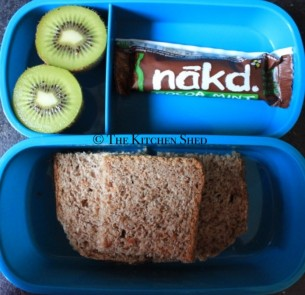 Clean Eating Kids Lunch Box Ideas www.thekitchenshed.co.uk