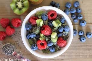 Clean Eating Berry Kiwi Porridge