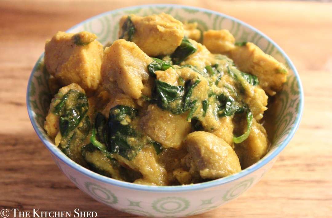 Clean Eating Chicken & Spinach Curry