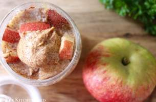Clean Eating Apple & Cinnamon Overnight Oats