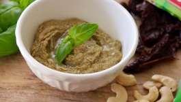Clean Eating Vegan Sundried Tomato Pesto 5