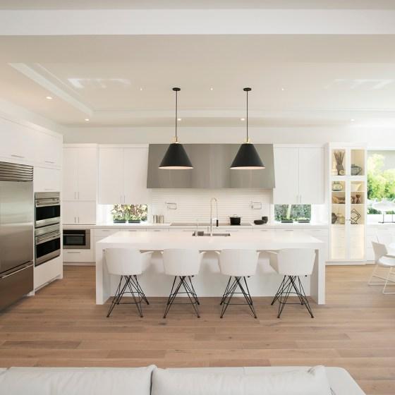 White Modern Kitchen in Boca Raton