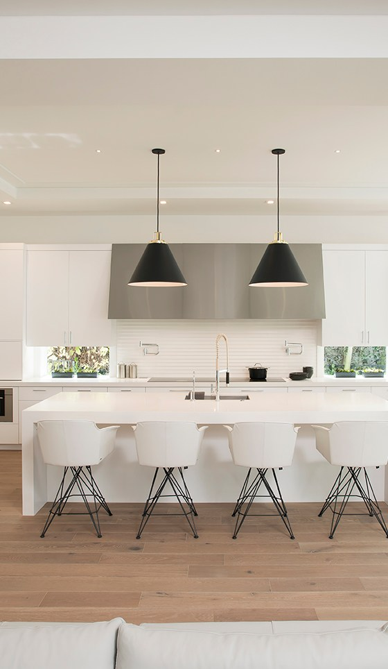 White Modern Kitchen in Boca Raton