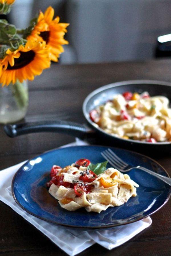 Roasted Garlic, Goat Cheese, and Tomato Pasta