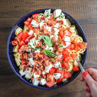 Tomato, Mozzarella, Basil and Bacon Pasta Salad