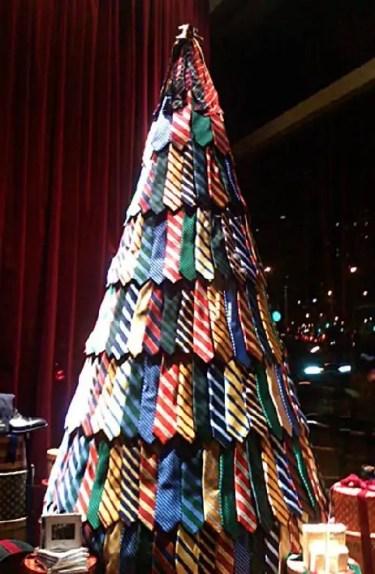 Funny-Christmas-Tree-Ideas