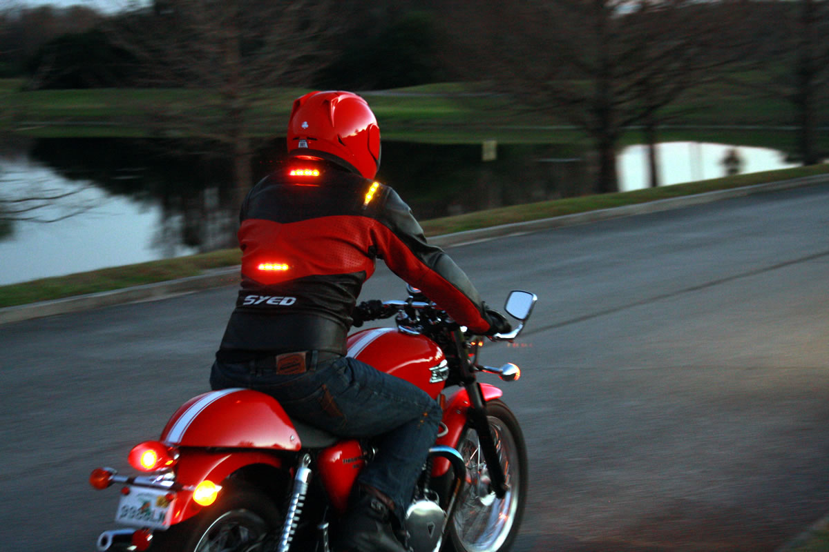 hight resolution of impulse jackets have their own brake lights and turn signals that wirelessly connect to your existing