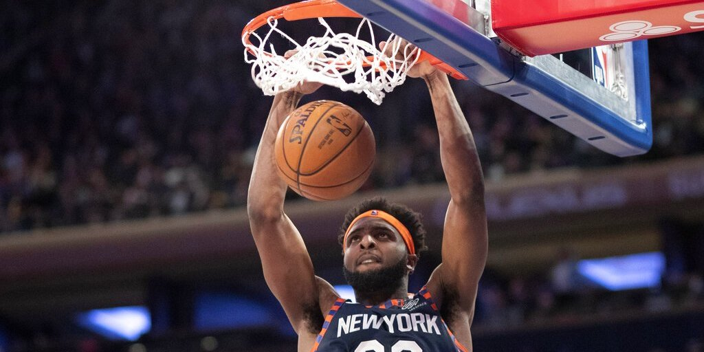 Mitchell Robinson's Career Night Propels Knicks Amid Minutes Critique