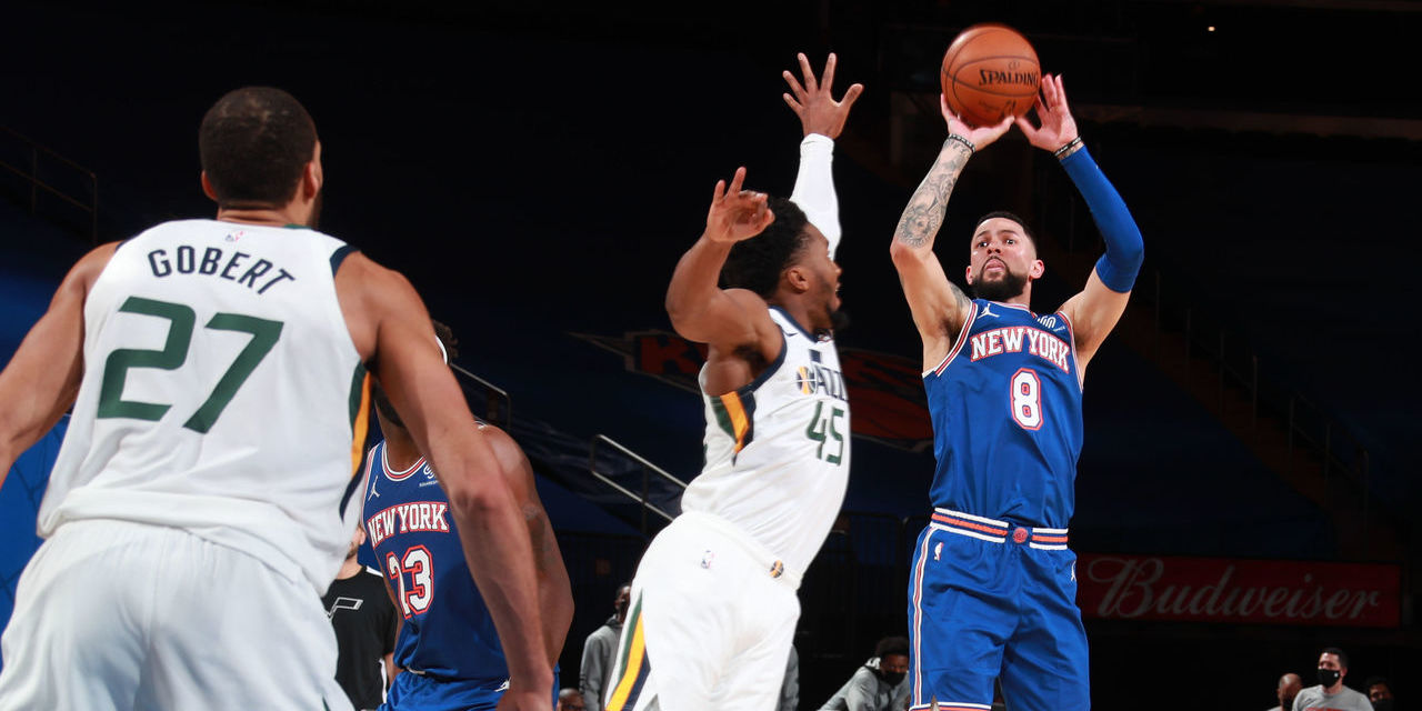 Austin Rivers Erupts, Lifting Knicks in Fourth Quarter Over Jazz
