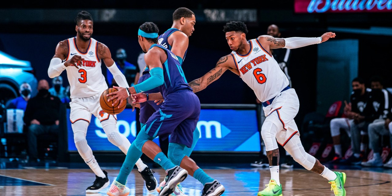 Knicks Host Hornets in Crucial Game for Playoff Seeding