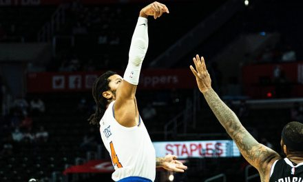 Shorthanded Knicks Knock Off Clippers in Signature Win of the Thibodeau Era