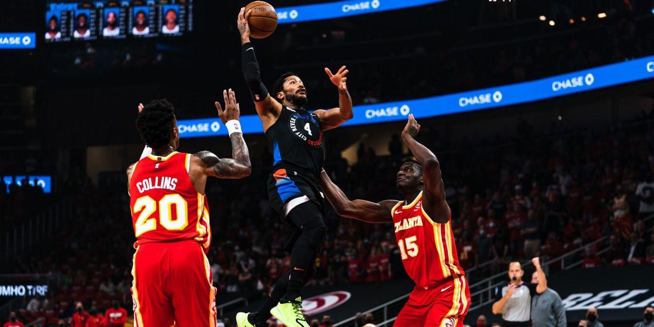 Knicks Gut Punched by Hawks Despite Brilliant Derrick Rose Performance