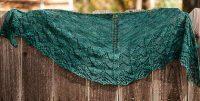 Travelling Woman Knitted Lace Shawl [FREE Knitting Pattern]