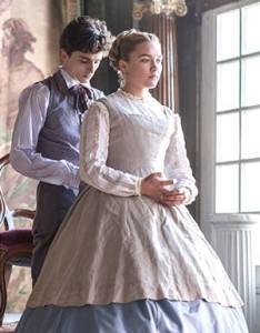 Timothee Chalamet as Laurie and Florence Pugh as Amy in Little Women
