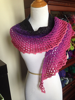 Dragonfruit Shawl in a gradient yarn by tropigal08 on Ravelry