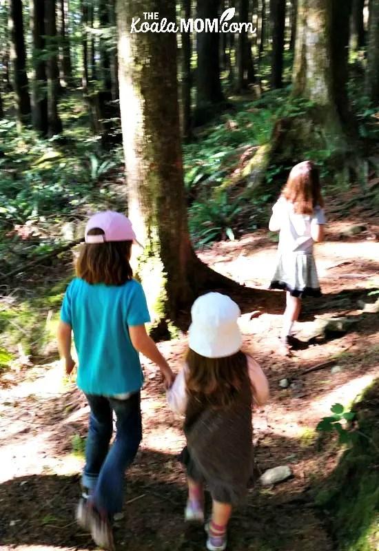 Three girls hiking the Stave Dam Interpretation Trail