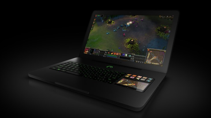 razer_blade_gaming_laptop_111