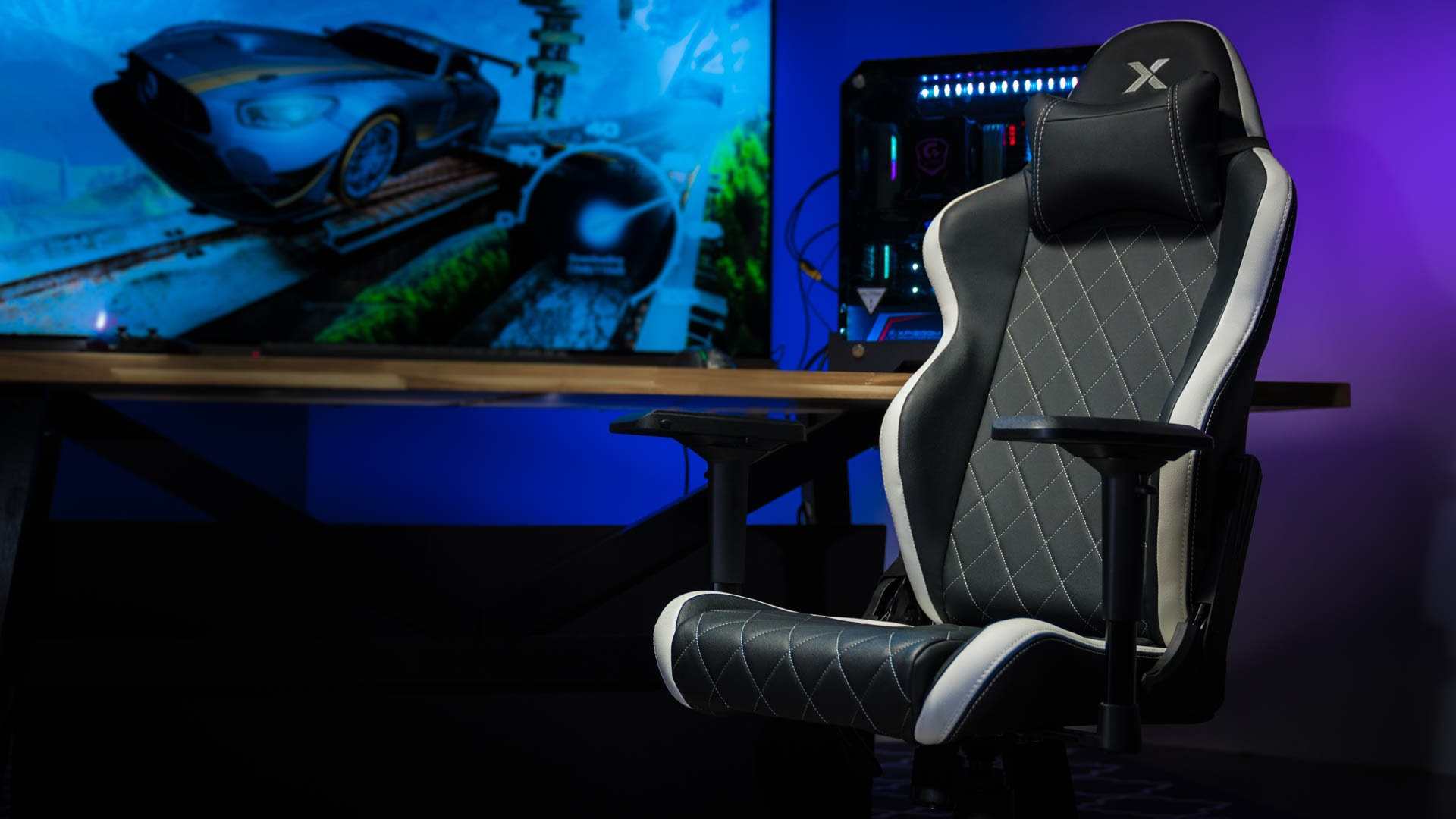 Most Comfortable Chair For Gaming 7 Ergonomic Gaming Chairs To Buy On A Budget The Koalition