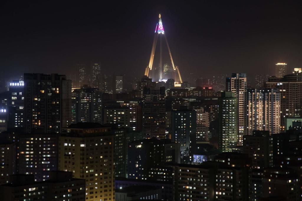 ryugong-hotel-pyongyang-night