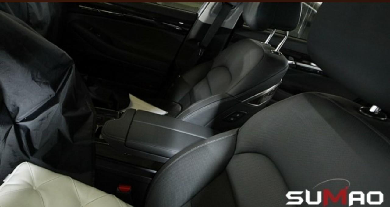 2016 Hyundai Equus Spied Interior