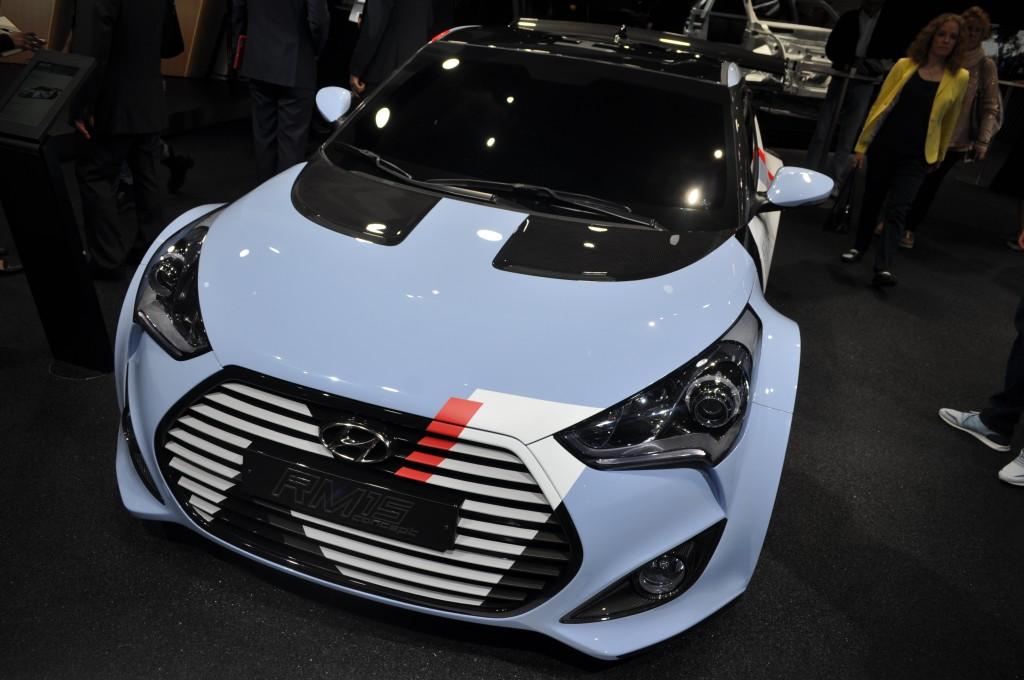 Hyundai Veloster (2)