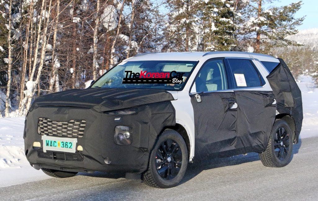 Hyundai Full Size SUV 4