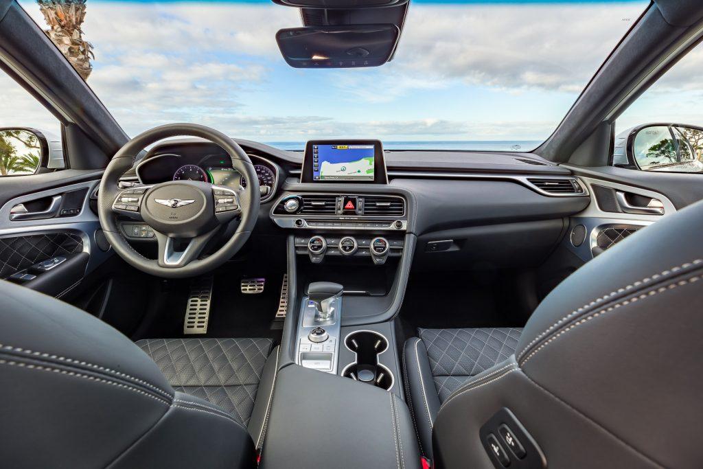 2019 genesis g70 unveiled at nyais (4)
