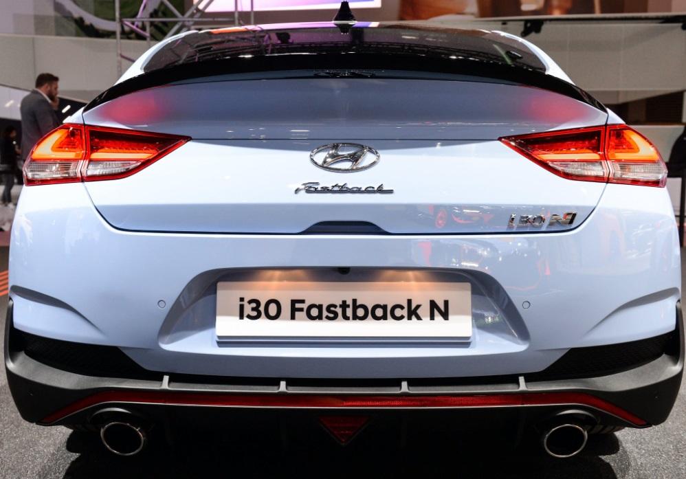 hyundai i30 fastback n paris motor show 2