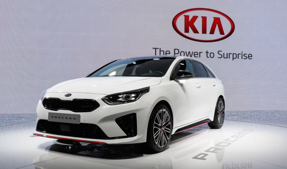 kia proceed paris motor show