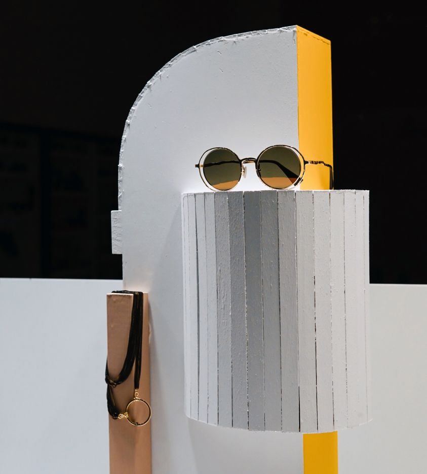 Objects design yellow glasses (Demo)