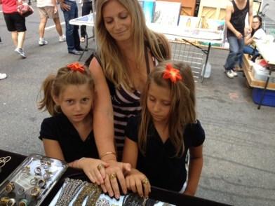 Zoo Goers Mom Amy with twins Bryne and Chloe