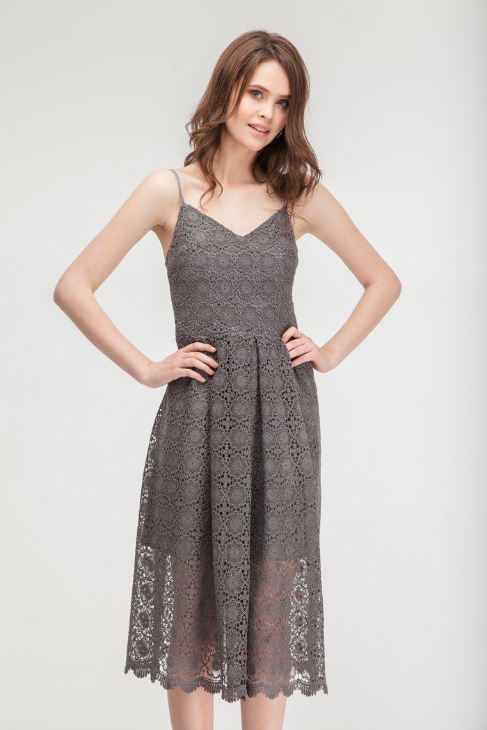 Кружевное платье из макраме графитового цвета - THE LACE
