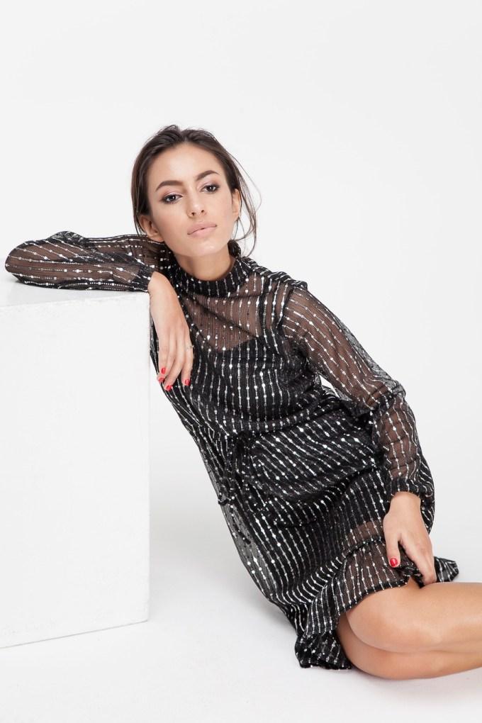 Платье миди с воланом и блестками графитовое - THE LACE