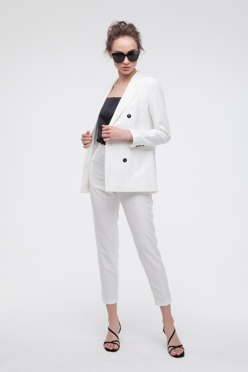 Брючный костюм белый — THE LACE