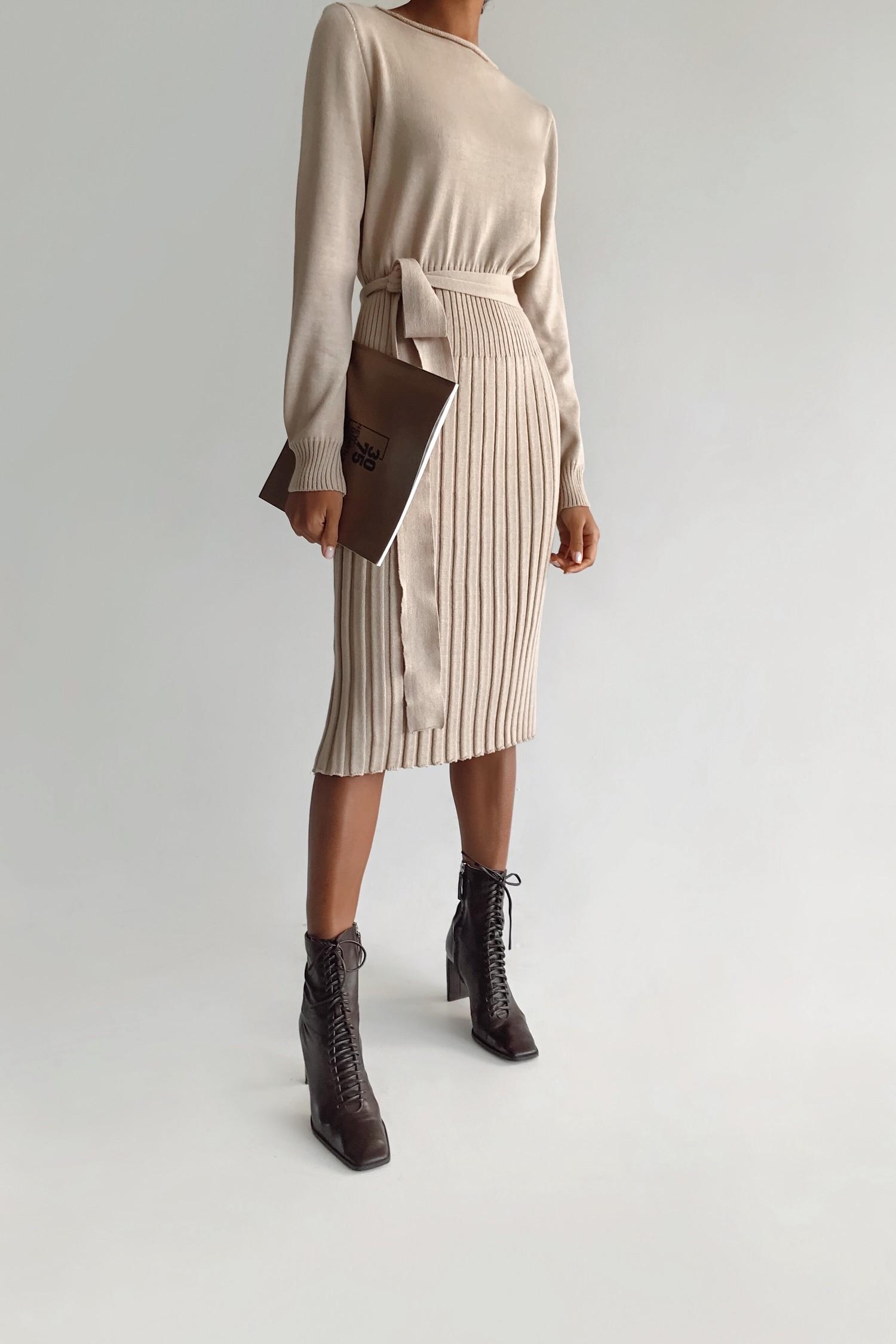 Платье трикотажное бежевое - THE LACE