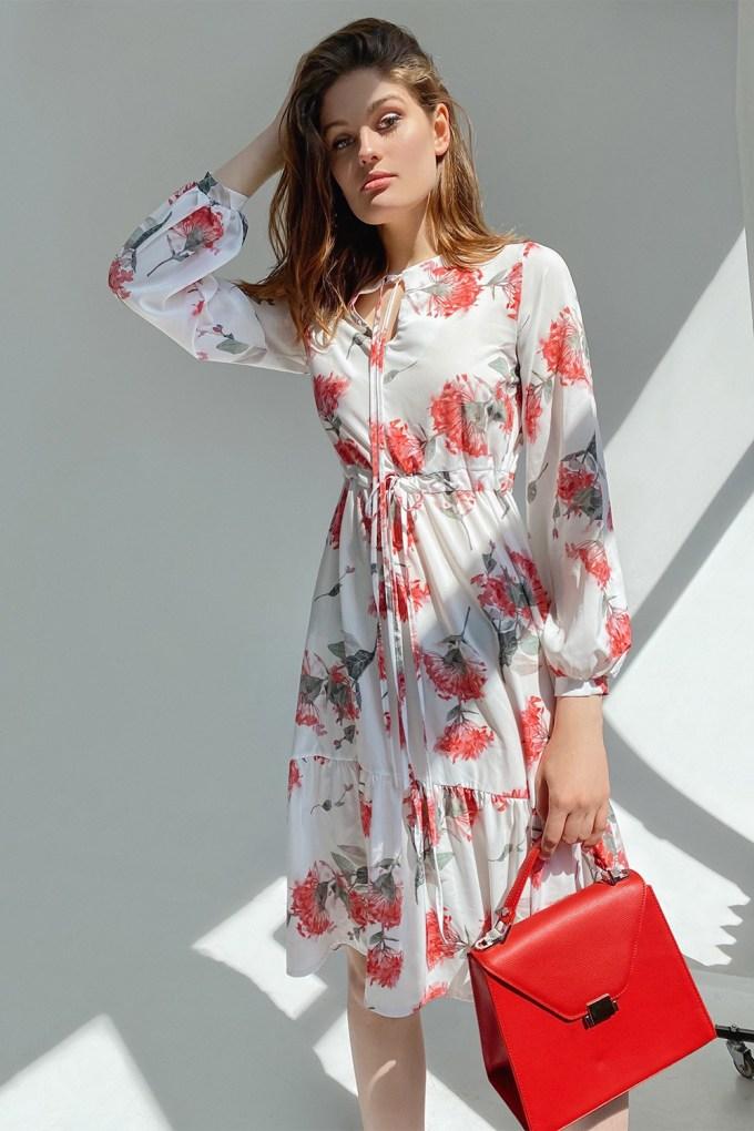 Платье миди с воланами Red flowers - THE LACE