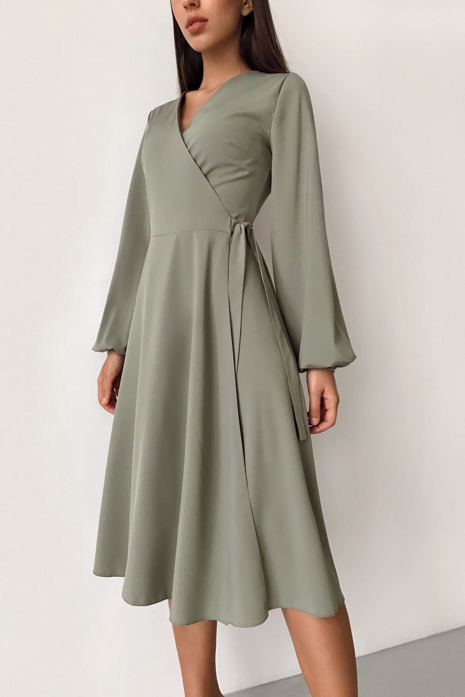 Платье миди на запах хаки - THE LACE
