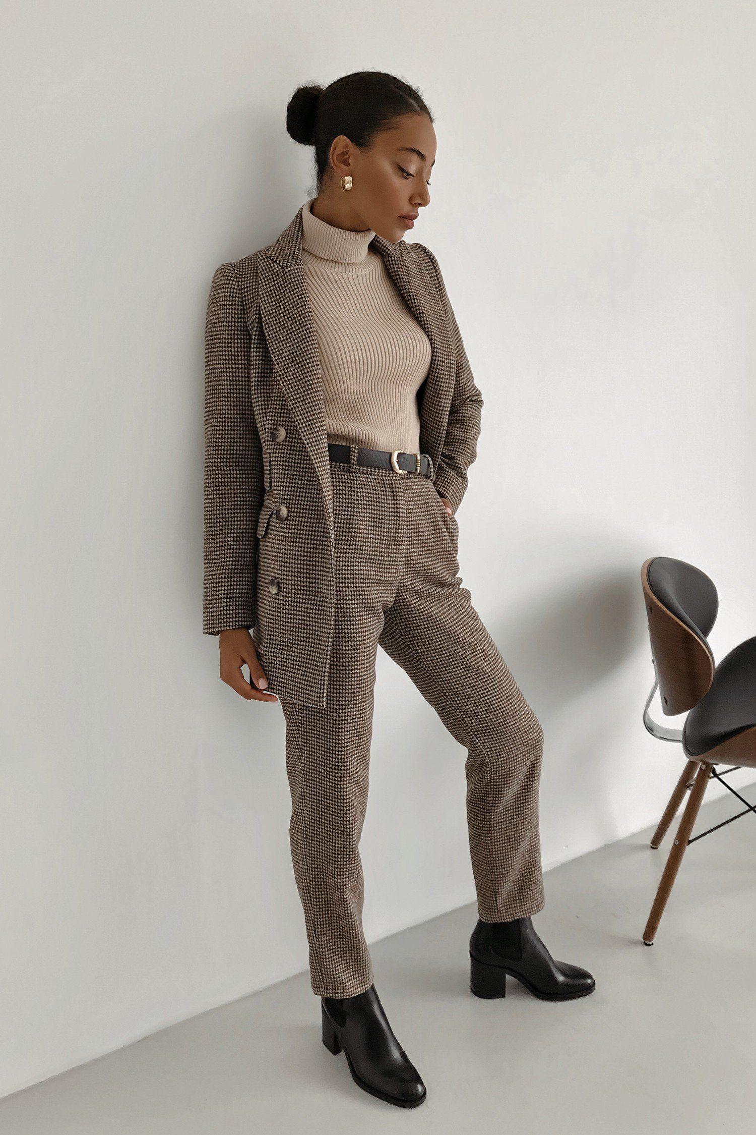 Шерстяной костюм с брюками бежевый - THE LACE