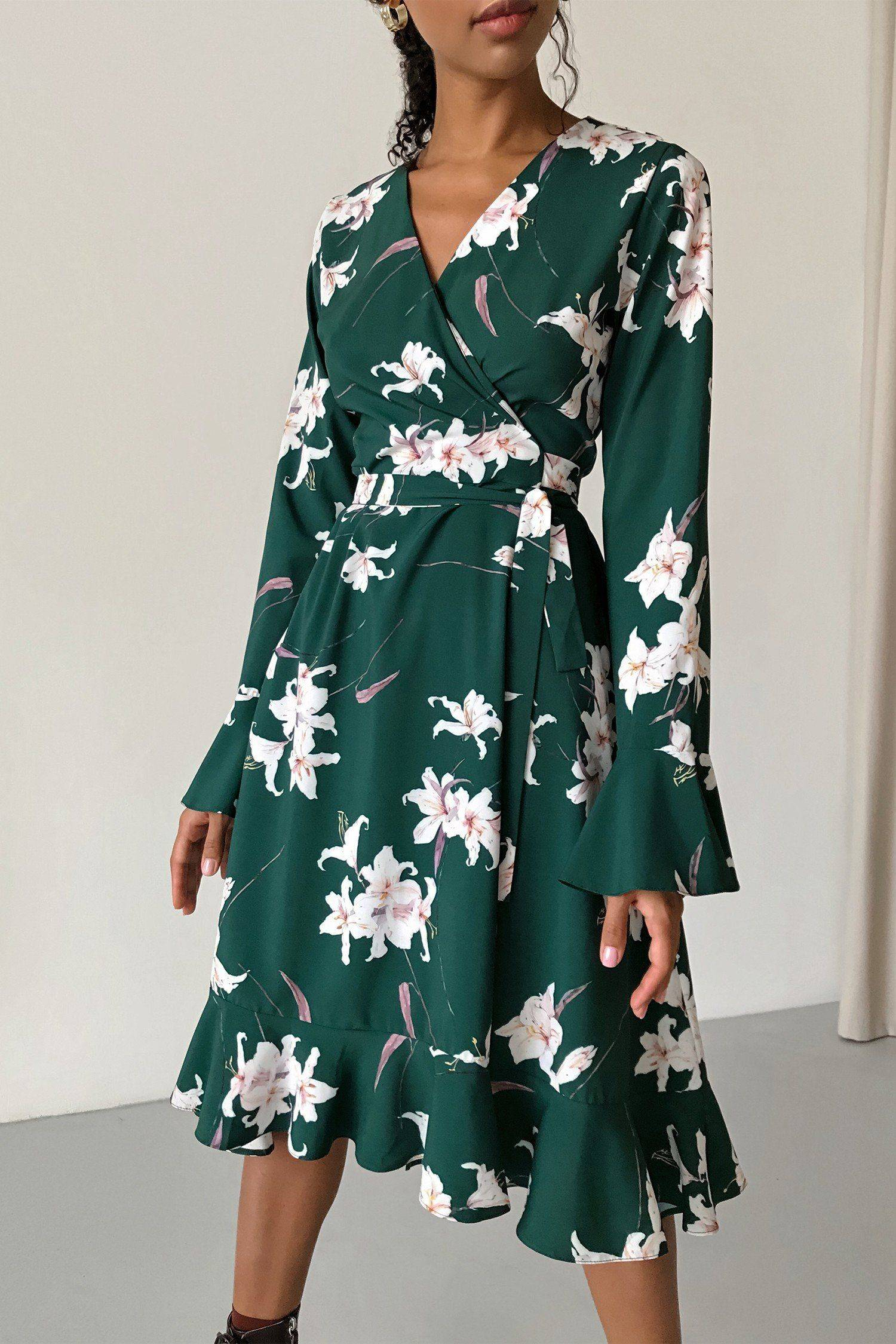 Платье миди на запах изумрудное Lilies - THE LACE