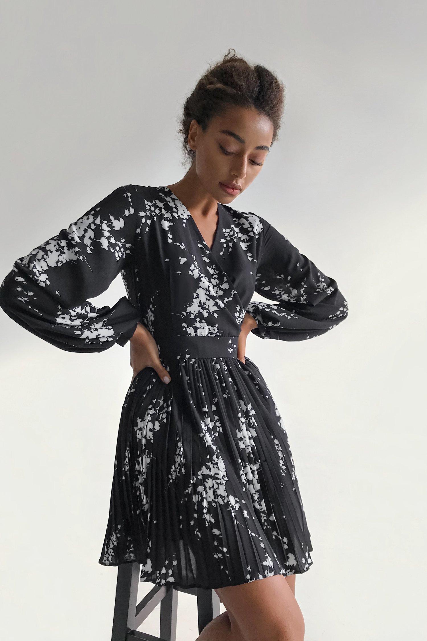 Платье мини черное Mystery flowers - THE LACE