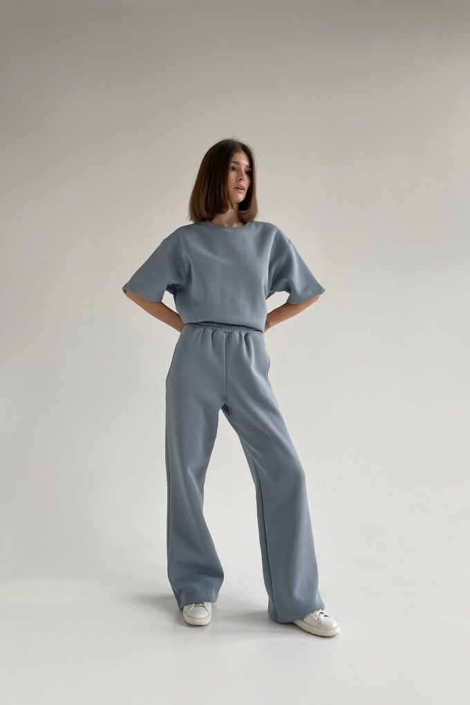Костюм с брюками прямого кроя и футболкой arctic - THE LACE