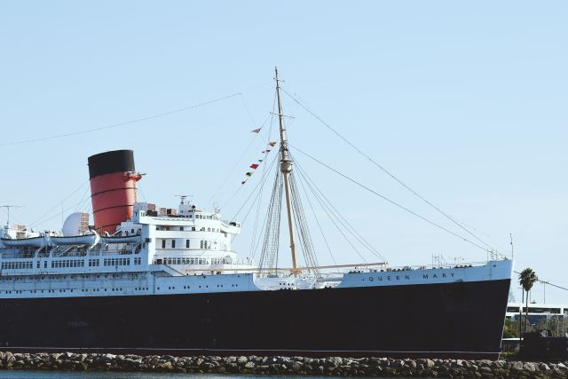 the haunted queen mary during the day
