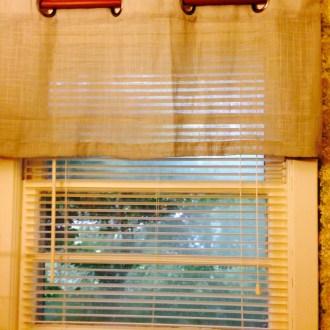 Tutorial Tuesday: $2.00 DIY Curtain Rods!
