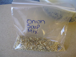 Making More Out of Monday Meals: Homemade French Onion Soup Mix!