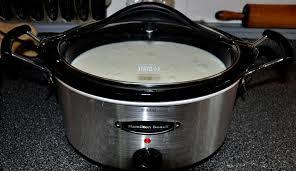 DIY Crockpot Greek & Regular Yogurt!